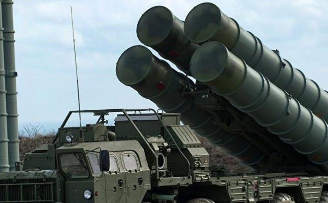 """Thêm một quốc gia hối thúc Nga sớm chuyển giao S-400 mặc Mỹ """"nổi đóa"""""""