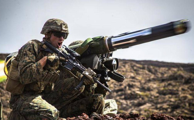 Mike Pompeo: Mỹ cấp vũ khí để Ukraine có thể chống lại Nga