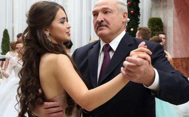 Hoa hậu kiêm bạn gái tin đồn của tổng thống Belarus thành nghị sĩ