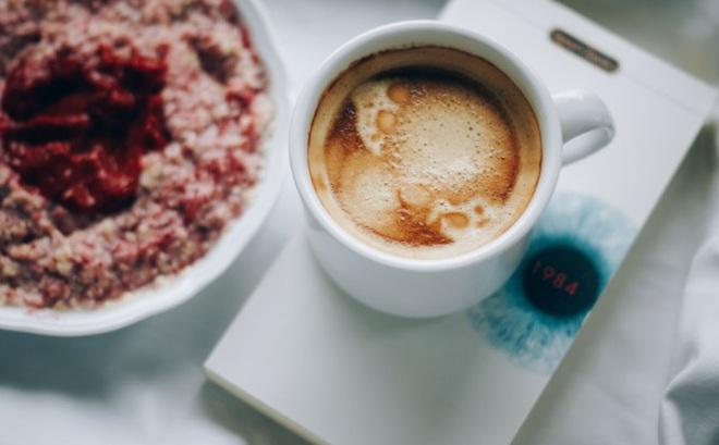 6 mẹo giúp bạn dậy sớm mà vẫn tỉnh táo