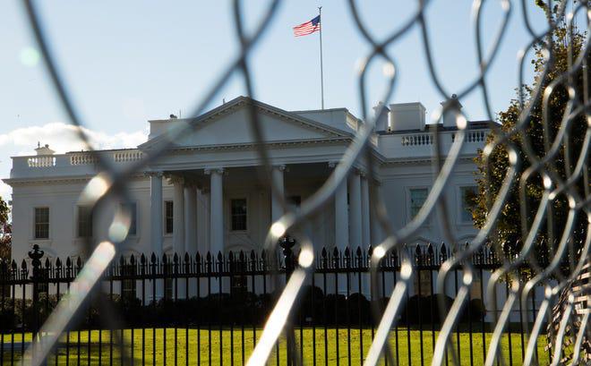 """""""Vật thể bay"""" lạ khiến Nhà Trắng khẩn cấp phong tỏa là gì?"""