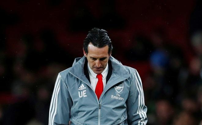 Arsenal sa thải Unai Emery, Ljungberg tạm ngồi 'ghế nóng'