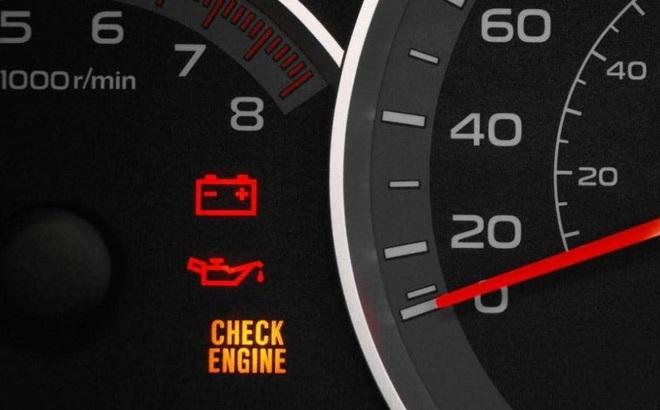 Những dấu hiệu cần chú ý để ô tô không bị chết máy giữa đường
