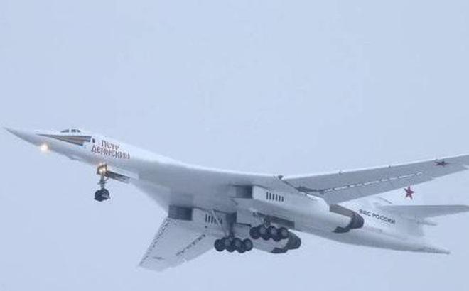"""Sức mạnh """"Bảo kiếm"""" Tu-160M của Nga khiến Mỹ """"dè chừng"""""""