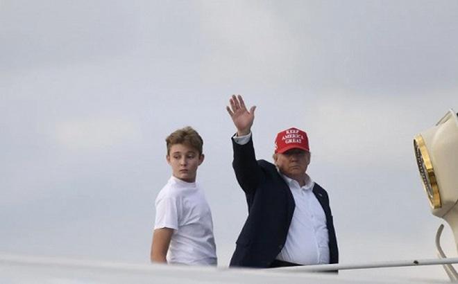 Tuần lễ khó khăn với Tổng thống Trump