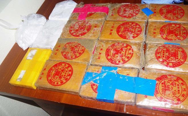 Bộ Công an cử lực lượng truy ma túy khủng trôi dạt trên biển