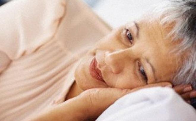 Bài thuốc chữa mất ngủ ở người luống tuổi