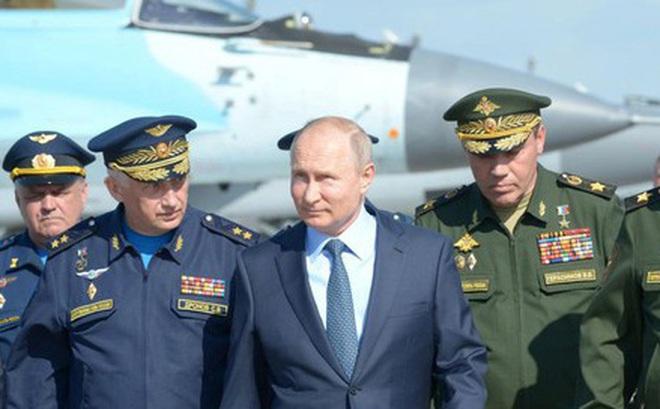 Chiến trường Syria: Bãi thử vũ khí để Nga phô diễn sức mạnh?