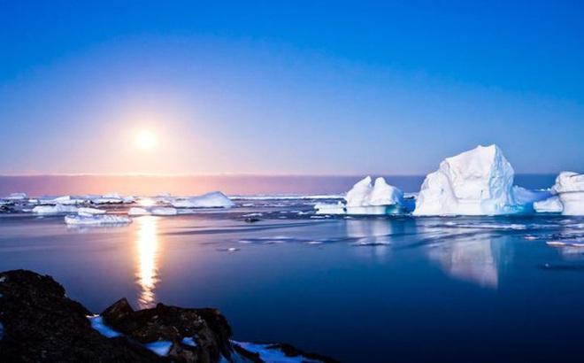 Điều đáng sợ gì sẽ xảy ra khi sống ở Nam Cực lạnh giá hơn 1 năm?