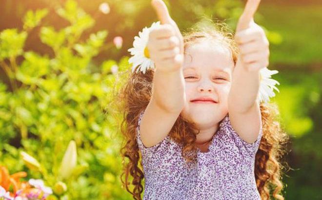Không phải nhờ IQ cao, những người luôn may mắn, thành công sở hữu 3 kỹ năng quan trọng này từ nhỏ nhưng rất ít cha mẹ chú trọng dạy cho con