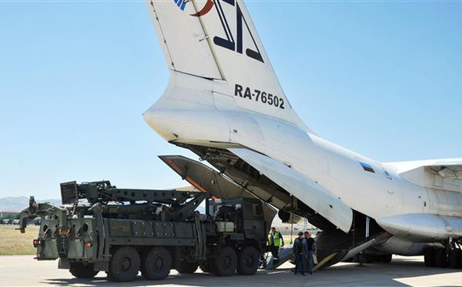 """Thổ Nhĩ Kỳ dọa tung đòn trả đũa """"tương xứng"""" với Mỹ"""