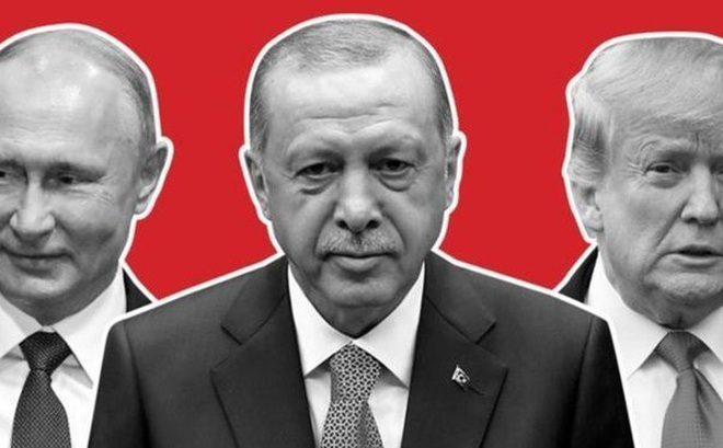 """""""Đấu quyết liệt"""" vì S-400 của Nga, Thổ Nhĩ Kỳ """"dẫn tỷ số"""" trước Mỹ: NATO nên tự trách mình vì bỏ rơi đồng minh?"""