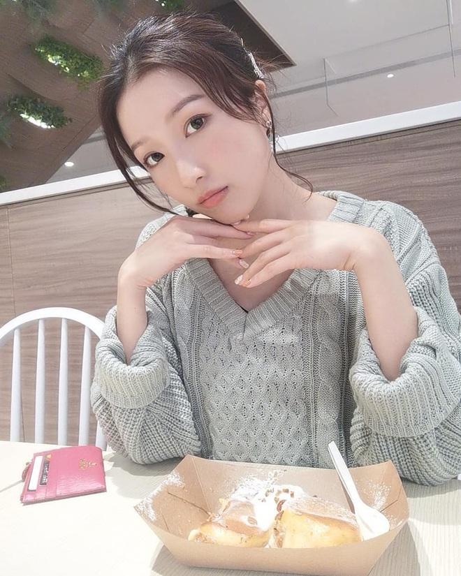 Nhan sắc xinh đẹp của Á hậu Hong Kong khiến tỷ phú hơn 26 tuổi say đắm, chung thủy suốt nhiều năm - Ảnh 23.