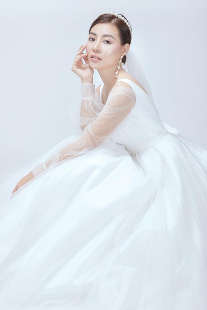 Diễn viên Thanh Hương xinh đẹp lộng lẫy trong lần thứ 2 mặc váy cưới - Ảnh 4.
