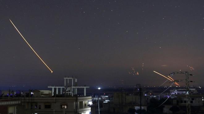 Nghe lời Nga luôn có cửa sống, Israel nên tự cứu mình bằng cách ngừng không kích Iran ở Syria? - ảnh 3