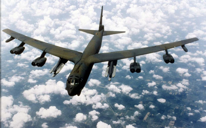 Chỉ chờ lệnh của TT Trump, B-52 Mỹ sẽ tấn công xóa sổ các cơ sở hạt nhân Iran? - Ảnh 3.