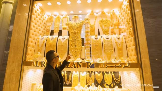 Vũ Khắc Tiệp hào hứng: Tôi sẽ mua chiếc nhẫn vàng 5,17 kg để cầu hôn Ngọc Trinh - Ảnh 4.