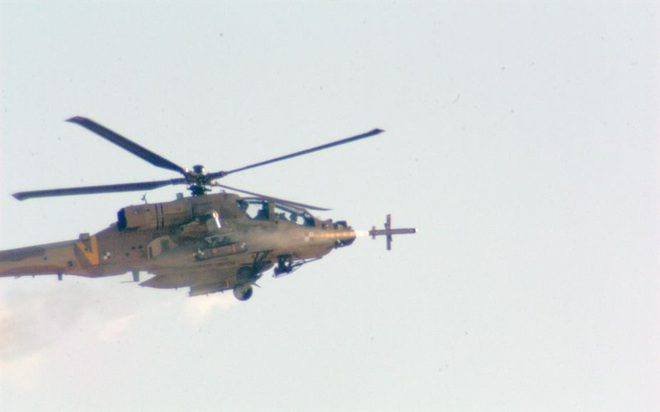 Mỹ trang bị siêu tên lửa lsrael cho trực thăng AH-64 - Ảnh 3.