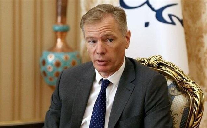 Iran bắt Đại sứ Anh ở Tehran