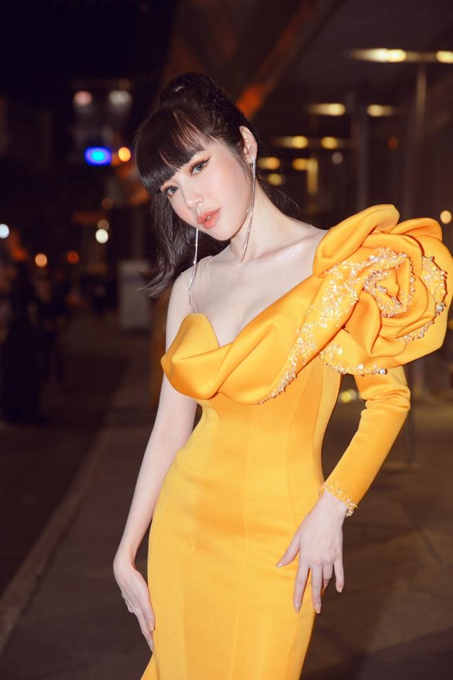 Elly Trần lên tiếng về việc sụt cân, hốc hác thấy rõ - Ảnh 5.