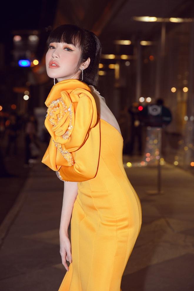 Elly Trần lên tiếng về việc sụt cân, hốc hác thấy rõ - Ảnh 8.