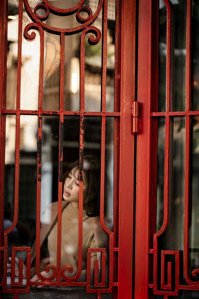 Những hình ảnh chưa tiết lộ của người phụ nữ được mệnh danh là nàng Sagan Việt Nam - Ảnh 3.