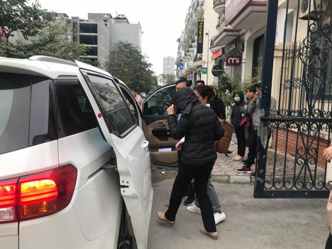 Tuyên án vụ nam sinh trường Gateway tử vong trên xe đưa đón: Tài xế Doãn Quý Phiến 15 tháng tù, Nguyễn Bích Quy 24 tháng tù - Ảnh 1.