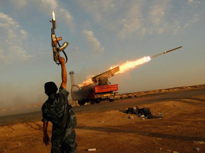 Thua mất mặt tại Syria, Thổ Nhĩ Kỳ kéo Nga vào cuộc chiến mới ở Trung Đông - Ảnh 1.