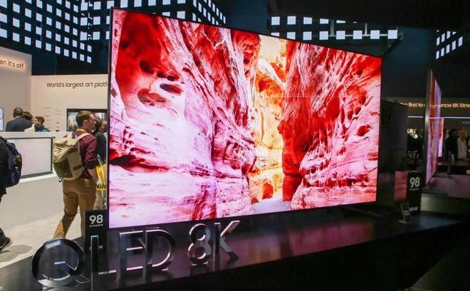 Lại thêm người Việt mua chiếc TV 8K 2 tỷ, chỉ cần nhìn qua là biết độ giàu có tới cỡ nào