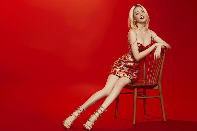 Thiều Bảo Trang mặc sexy, chụp hình tình tứ cùng Quang Trung - Ảnh 9.