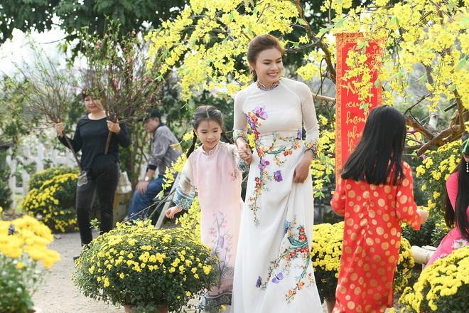 Phương Thảo làm vợ Tiến Lộc trong MV mới - Ảnh 7.