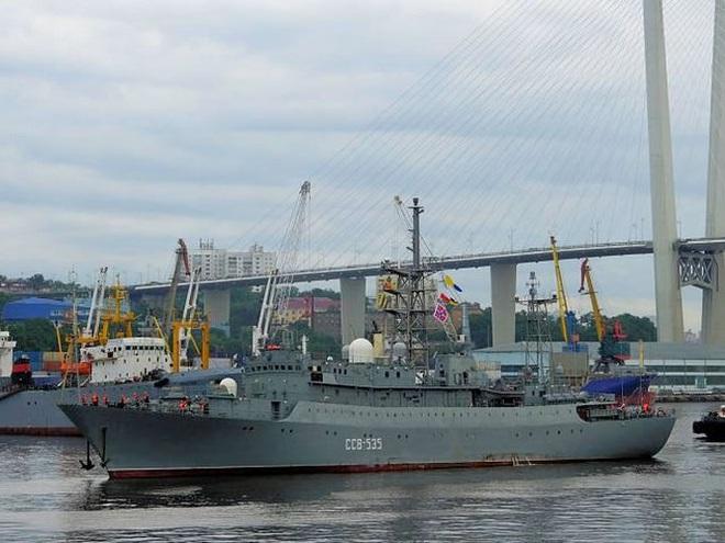 [ẢNH] Tàu trinh sát điện tử Nga giúp Iran chặn đứng cuộc tấn công trả đũa của Mỹ? - Ảnh 11.