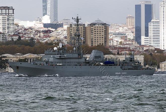 [ẢNH] Tàu trinh sát điện tử Nga giúp Iran chặn đứng cuộc tấn công trả đũa của Mỹ? - Ảnh 13.