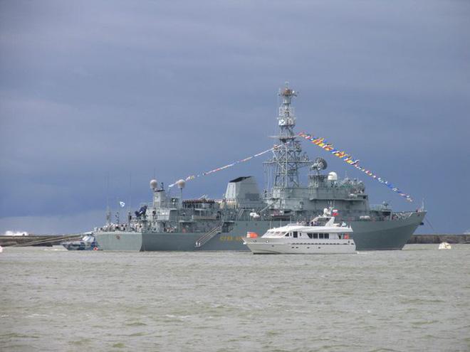 [ẢNH] Tàu trinh sát điện tử Nga giúp Iran chặn đứng cuộc tấn công trả đũa của Mỹ? - Ảnh 3.