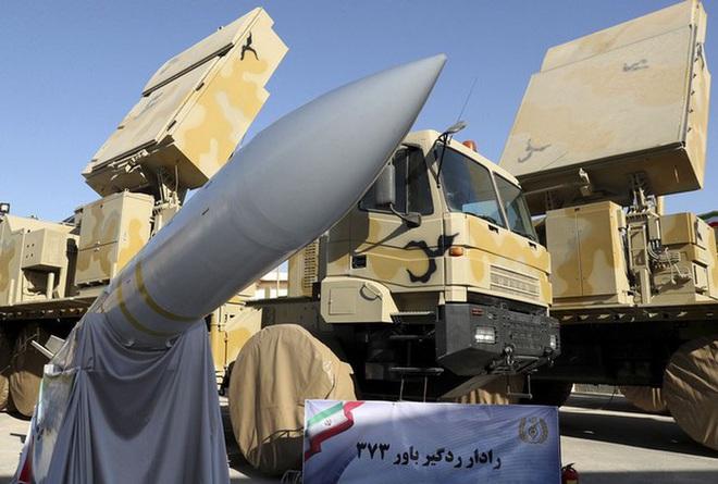 Tên lửa Bavar 373 Iran tiếp tục bất động khi bị tiêm kích Israel tấn công trực diện - Ảnh 2.
