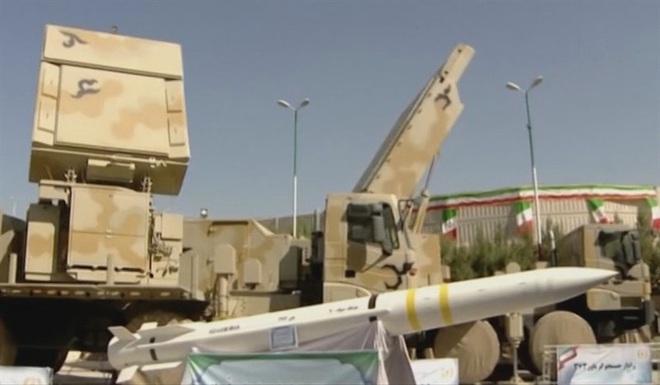 Tên lửa Bavar 373 Iran tiếp tục bất động khi bị tiêm kích Israel tấn công trực diện - Ảnh 3.