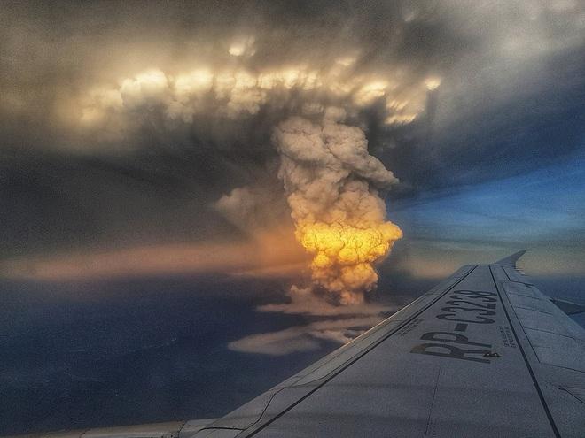 Núi lửa Taal dữ dội bậc nhất Philippines sắp phun trào đáng sợ? Kịch bản xấu nhất là gì? - Ảnh 1.