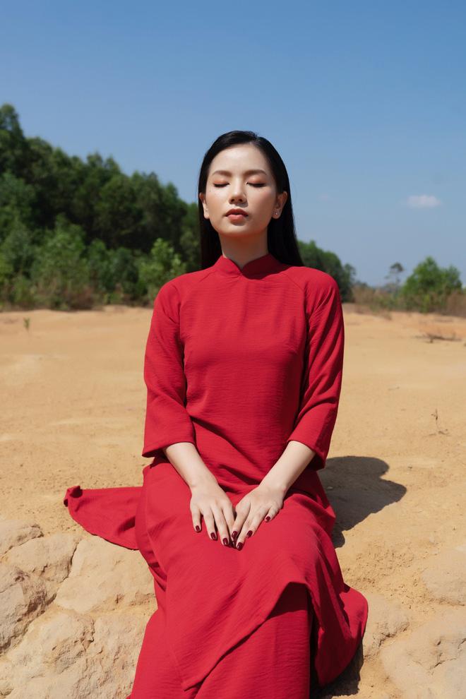 Hot girl Cả một đời ân oán Hạ Anh xinh đẹp trong tà áo dài, tiết lộ dự án với tài tử TVB - Ảnh 2.