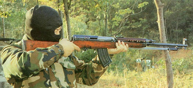 Súng trường tấn công mới của Trung Quốc: Biến thể súng AK từng là hòn đá lót đường? - Ảnh 5.
