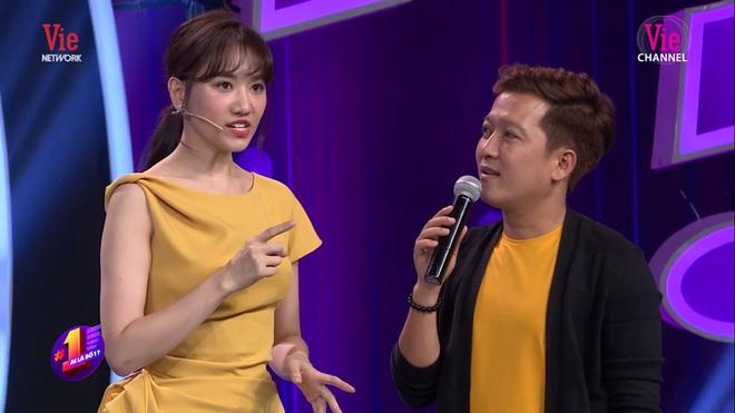 Trường Giang hỏi Hari Won: Lấy Trấn Thành xong có ai ép phải rửa chồng không? - Ảnh 3.