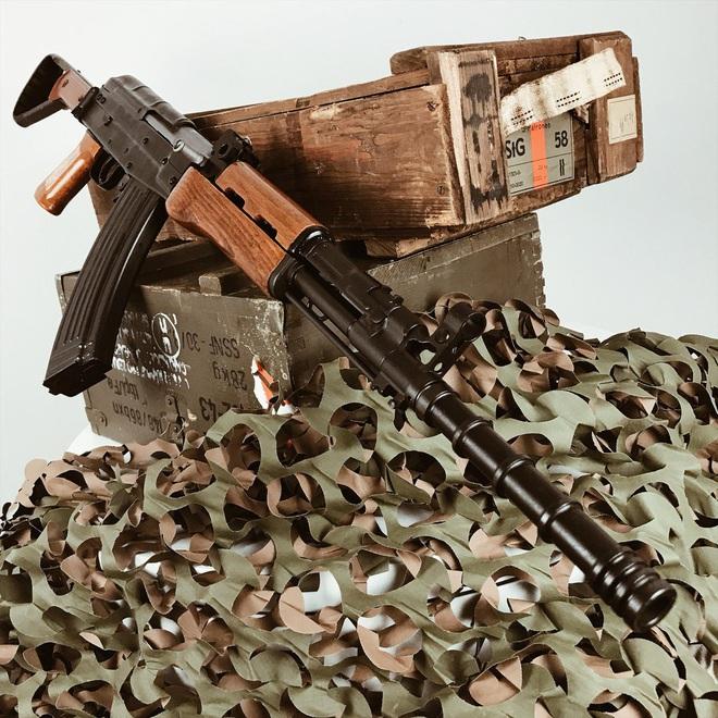 Súng trường tấn công mới của Trung Quốc: Biến thể súng AK từng là hòn đá lót đường? - Ảnh 12.