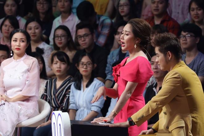 Ốc Thanh Vân nghẹn ngào: Ngày Tết tôi phải ăn cơm chan nước mắt - Ảnh 5.