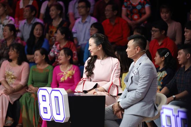 Ốc Thanh Vân nghẹn ngào: Ngày Tết tôi phải ăn cơm chan nước mắt - Ảnh 3.