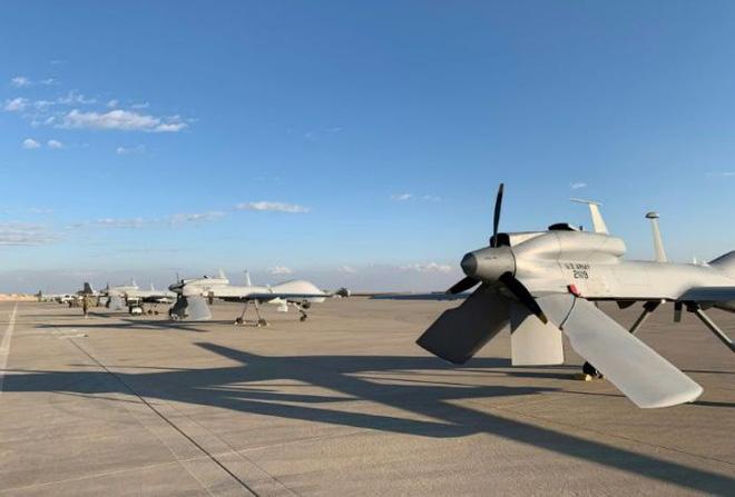 Mỹ mất liên lạc với 7 UAV khi Iran tấn công, phi công hoảng sợ: Chúng tôi nghĩ mình tiêu đời rồi! - Ảnh 3.