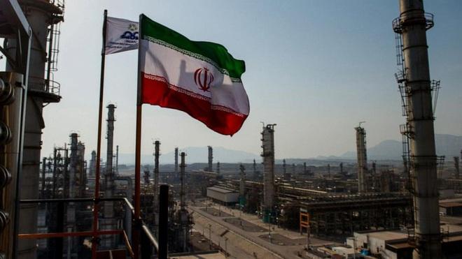 Iran sẽ có bom hạt nhân sau 2 năm, đòn tấn công của Israel sắp tới? - Ảnh 11.