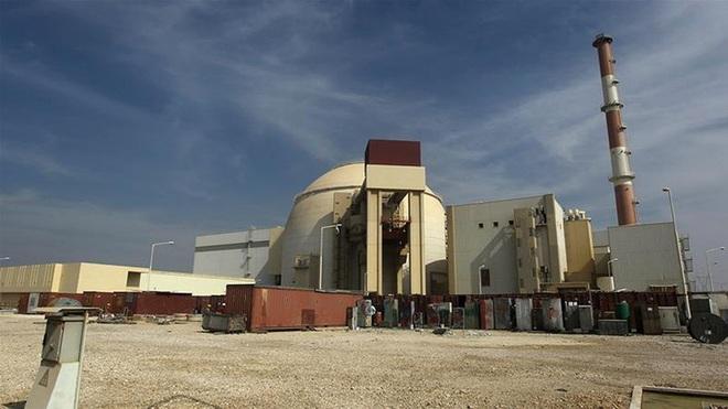Iran sẽ có bom hạt nhân sau 2 năm, đòn tấn công của Israel sắp tới? - Ảnh 9.