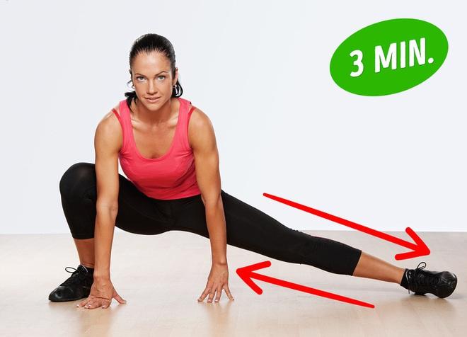 Bài tập giúp bạn có đôi chân săn chắc như siêu mẫu, đốt mỡ toàn thân chỉ với 20 phút - Ảnh 2.