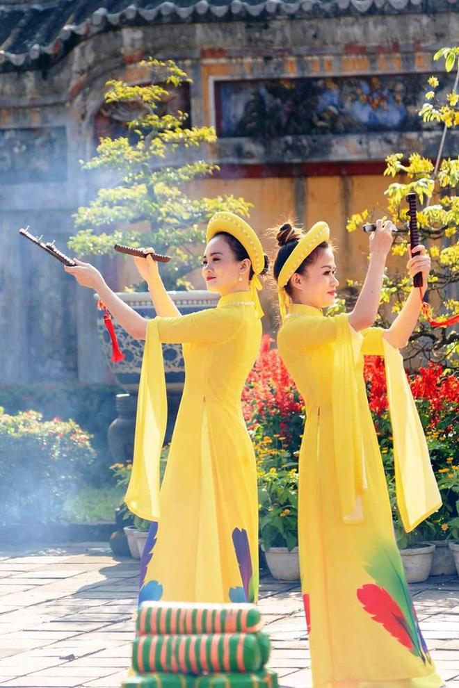 Mãn nhãn với 'Hương xưa bánh Tết' trong Hoàng cung Huế - Ảnh 14.