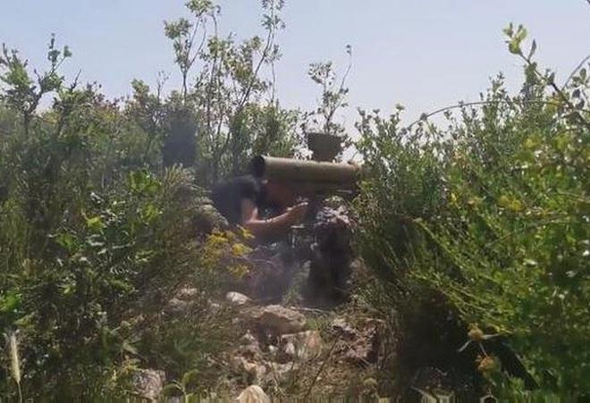 Phiến quân đánh chặn, quân đội Syria bỏ cả sát thủ diệt tăng Nga để chạy thoát - Ảnh 22.