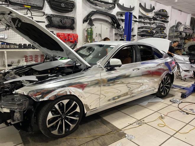 """Rộ trào lưu """"thay áo"""" cho xe Vinfast, độc nhất là chiếc Lux SA2.0 vỏ Chrome bóng như gương - Ảnh 7."""